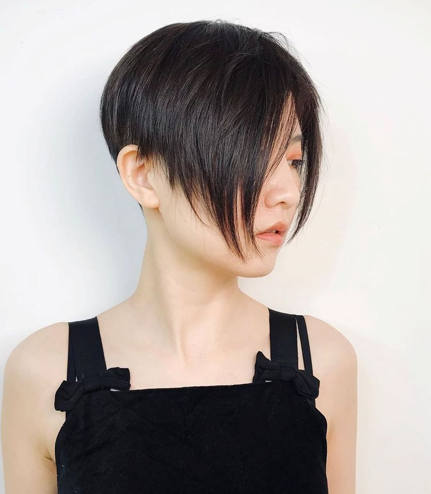 50 New Short Hair With Bangs Ideas And Hairstyles For 2021 Hair Adviser